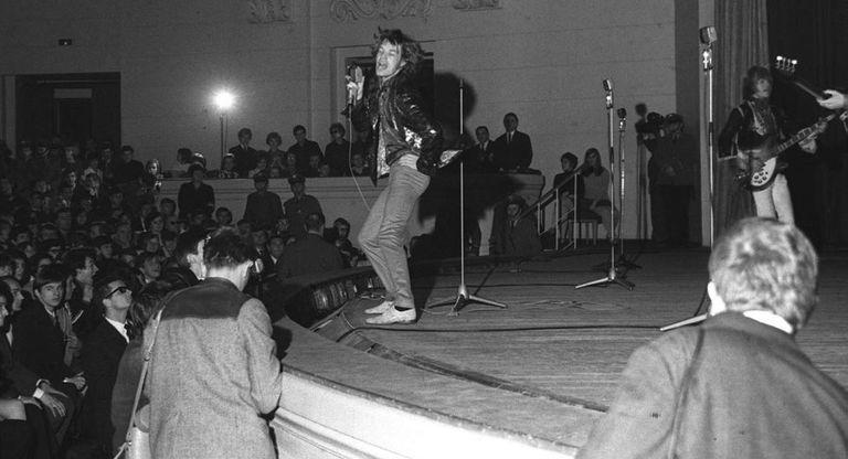 Um show dos Rolling Stones em Varsóvia, em 1967.