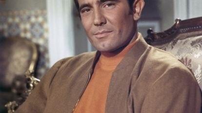 O ator australiano George Lazenby, o Bond efêmero, na rodagem de 'A Serviço Secreto de Sua Majestade'.