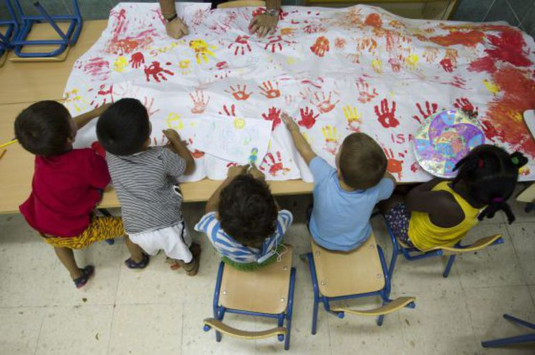 O desempenho escolar das crianças com menos recursos é insuficiente.