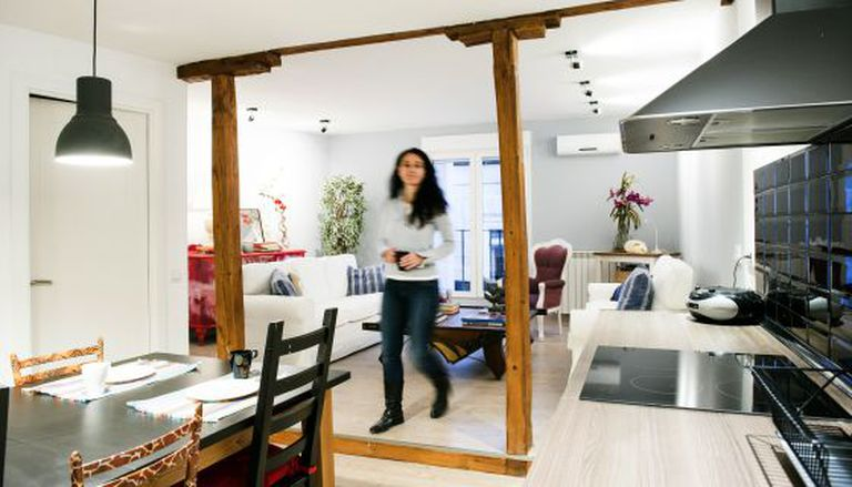 Marta Trigueros, que oferece no Airbnb o seu apartamento em Madri.