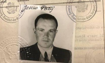 Fotografia do visto fornecido pelos EUA em 1949 a Jakiw Palij, antigo guarda nazista.