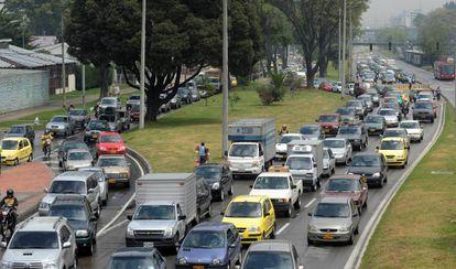 Congestionamento durante uma greve de transporte público em Bogotá.