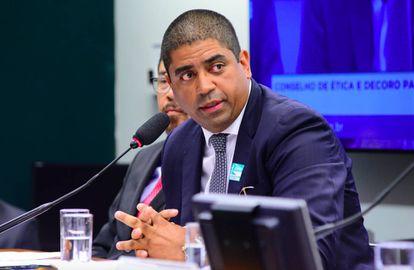 O doleiro Leonardo Meirelles depõe ao Conselho de Ética.