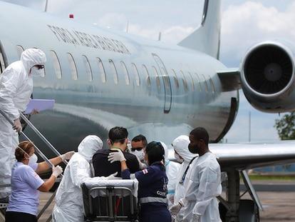 Pacientes são transferidos do Amazonas para a Paraíba, no início de fevereiro.