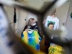 CURITIBA (PR), 16.12.2020 - Narli Resende (63) é conhecida por organizar vários atos de apoio à Operação Lava Jato e chegou a liderar um acampamento montado em frente à Justiça Federal do Paraná, em Curitiba. Foto: Marcelo Andrade