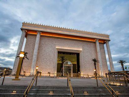 Templo de Salomão, sede mundial da igreja Universal.