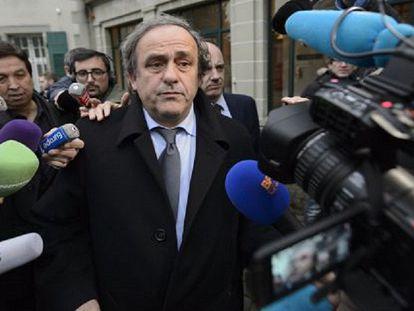 Platini dirige-se a declarar ante o TAS o passado 8 de dezembro.