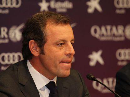 Sandro Rosell ao renunciar ao cargo de presidente do Barcelona.