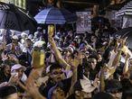 O baile funk (ou fluxo) Dz7 acontece na segunda maior favela de São Paulo, Paraisópolis, na zona sul. Às quintas-feiras já tem festa, que se repete até a madrugada de sábado para domingo. No dia 1º uma ação da Polícia Militar deixou nove pessoas mortas pisoteadas no local. Dia 8 foi realizada uma homenagem às vítimas.