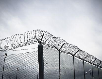 Grade de uma prisão nos Estados Unidos.