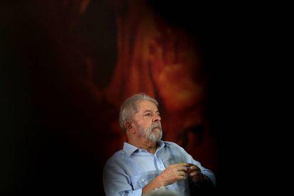 O ex-presidente Lua, no evento do PT em São Paulo nesta quinta-feira, um dia após a condenação.