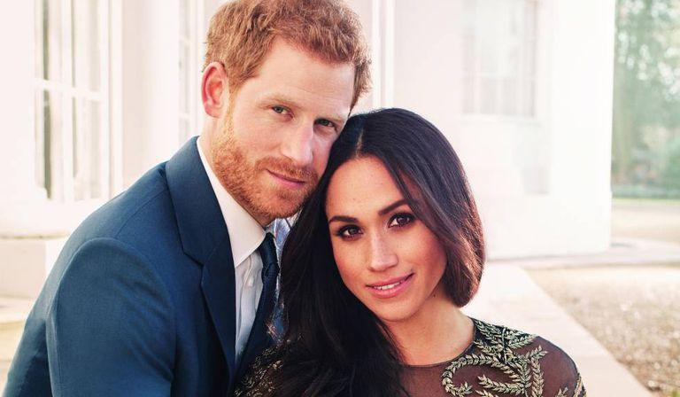 Retrato oficial de Harry da Inglaterra e Meghan Markle.
