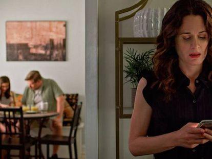 Na série 'Easy', da Netflix, são abordadas as relações atuais e o papel das redes sociais nelas