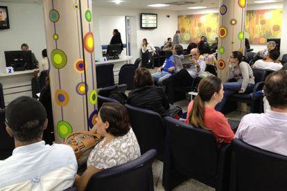 Sala de espera de um hospital particular de São Paulo.