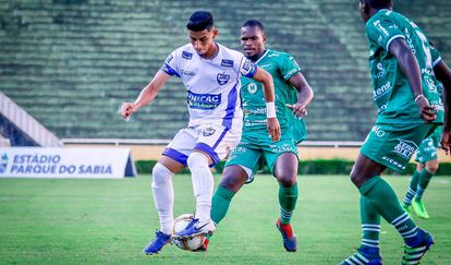 O Baggio brasileiro, em ação na segunda divisão de Minas.