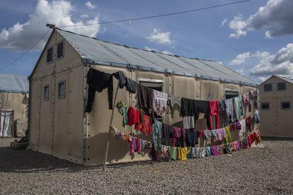 BOA VISTA, RORAIMA BRASIL, OUTUBRO 2020: Cotidiano no Abrigo para Refugiados RONDON II em Boa Vista, Roraima, Brasil. (Photograph: Victor Moriyama)