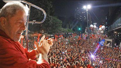 Lula na av. Paulista.