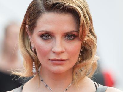 Mischa Barton participa do Festival de Cannes em 2017.