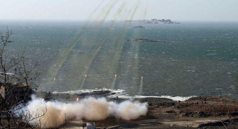 Imagens de março onde Pyongyang exibia seu armamento.