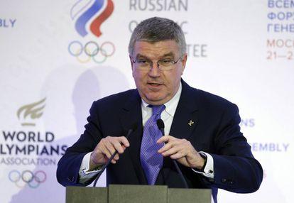Presidente do COI, Thomas Bach, em Moscou em 2015.