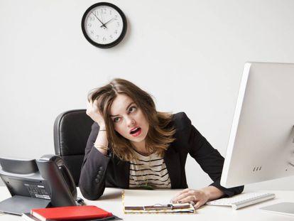 O número máximo de horas que você deve trabalhar para evitar o estresse, de acordo com a ciência