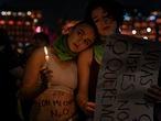 Mujeres participan en la marcha contra la violencia de genero en la Ciudad de MŽxico el d'a 25 de noviembre de 2019. Miles de mujeres protestaron violentamente para exigir respuesta a las demandas que han hecho de justicia y resoluci—n de cr'menes de odio encontrarme de las mujeres.