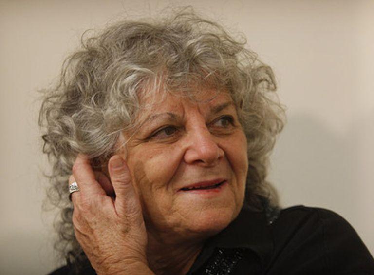 Ada Yonath, en el Instituto Weizmann en Israel, tras conocer la concesión del Nobel de Química el pasado mes de octubre.