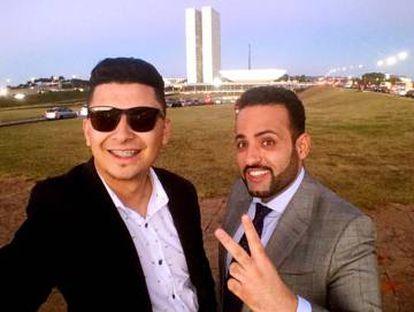 Renato Oliveira (esquerda), ao lado do prefeito Ney Santos, em visita a Brasília   Foto: Facebook