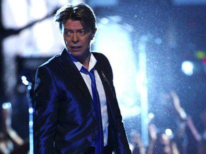 David Bowie no Radio City Music Hall, em Nova York, em 2002