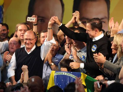 Geraldo Alckmin comemora a vitória do afilhado político João Doria.