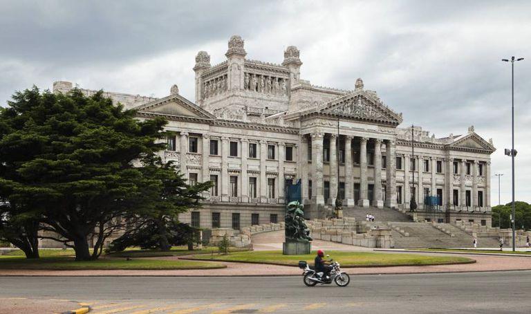 O Palácio Legislativo do Uruguai.