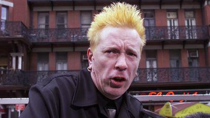 Johnny Rotten, da banda Sex Pistols, em Nova York em outubro de 2000.
