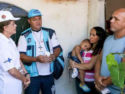 Dilma Rousseff participa da mobilização contra o 'Aedes aegypti', no Rio de Janeiro.