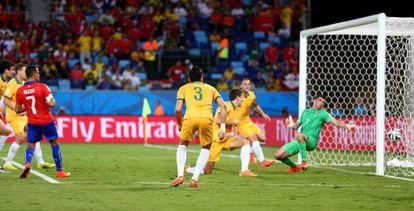 Alexis Sánchez, no momento do gol.