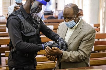 O opositor ruandês Paul Rusesabagina em um tribunal de Kigali (Ruanda) em setembro de 2020.