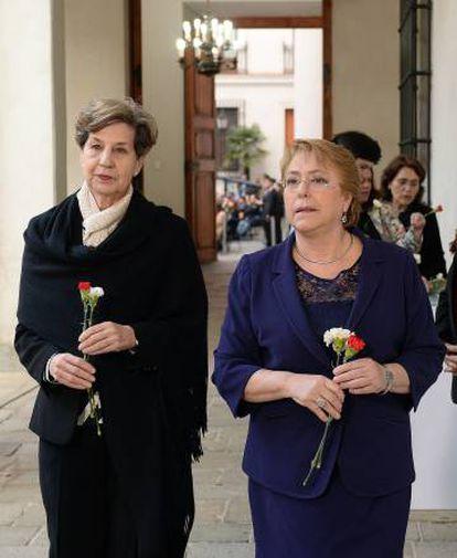 Isabel Allende e Michelle Bachelet.