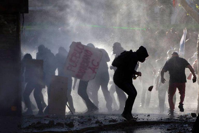 Desde 18 de outubro, chilenos protestam contra a desigualdade no país.