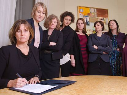 A 'número dois' da Suécia, com colaboradoras do Governo.