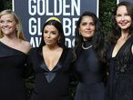 Reese Witherspoon, Eva Longoria, Salma Hayek y Ashley Judd, en los Globos de Oro celebrados el 7 de enero de 2018.