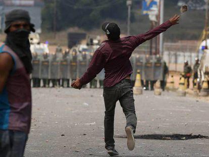 Brasil, México e Venezuela puxam a alta dos homicídios globais