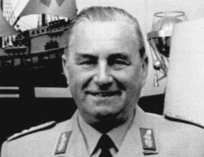 O marechal Albert Schnez em 1968.