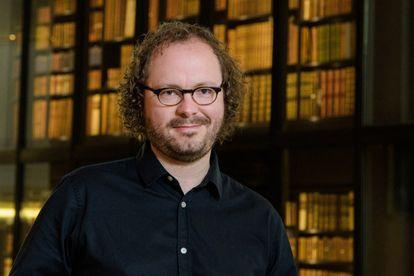 """James Williams é pesquisador do Centro Uehiro de Ética Prática, da Universidade Oxford, e autor de """"Clics contra la Humanidad'"""