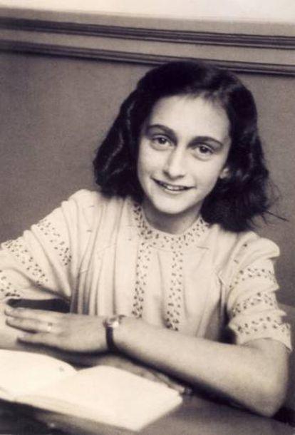 Ana Frank, em uma fotografia de dezembro de 1941.