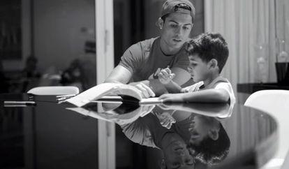 Imagem do documentário 'Ronaldo'.
