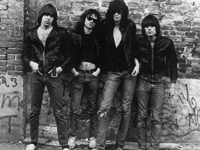 Ramones: de pioneiros do punk a figurino de 'it girls'