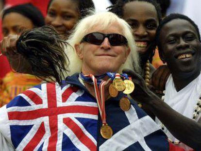 Jimmy Savile, em 2002, durante as comemorações do Jubileu de Ouro, em Londres.