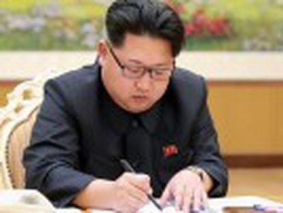"""Secretário-geral das Nações Unidas, Ban Ki-moon diz que o teste é  enormemente desestabilizador  e pede que o regime norte-coreano cumpra as normas e """"cesse toda a atividade nuclear"""""""