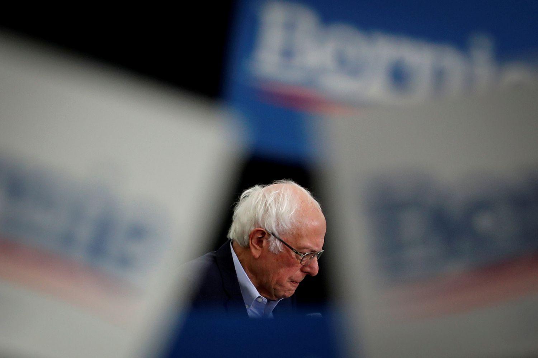 Bernie Sanders, em um comício em fevereiro.
