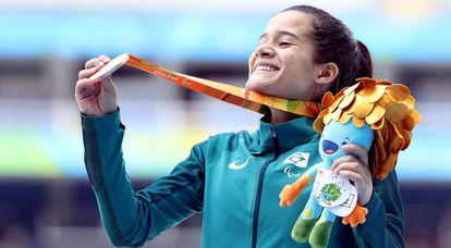 Após a prata conquistada nos 100m rasos T38, Verônica Hipolito faturou a medalha de bronze da modalidade 400m rasos T38 (para atletas com paralisia cerebral).