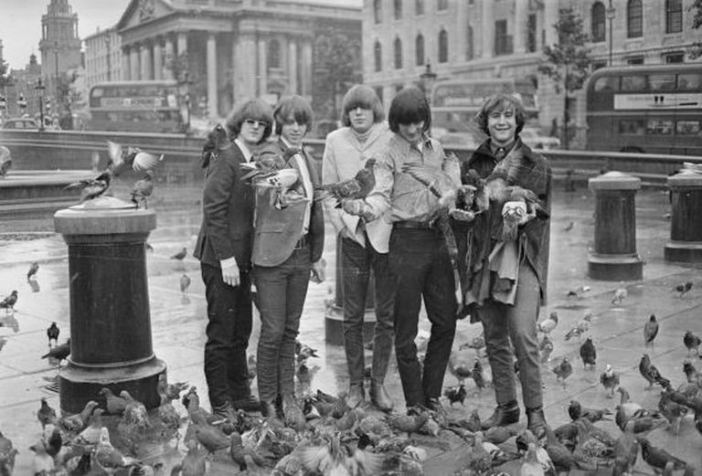 The Byrds na Trafalgar Square, em Londres, em 1965.